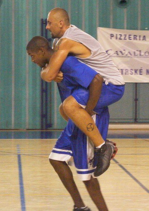 Ashante Johnson na tréninku